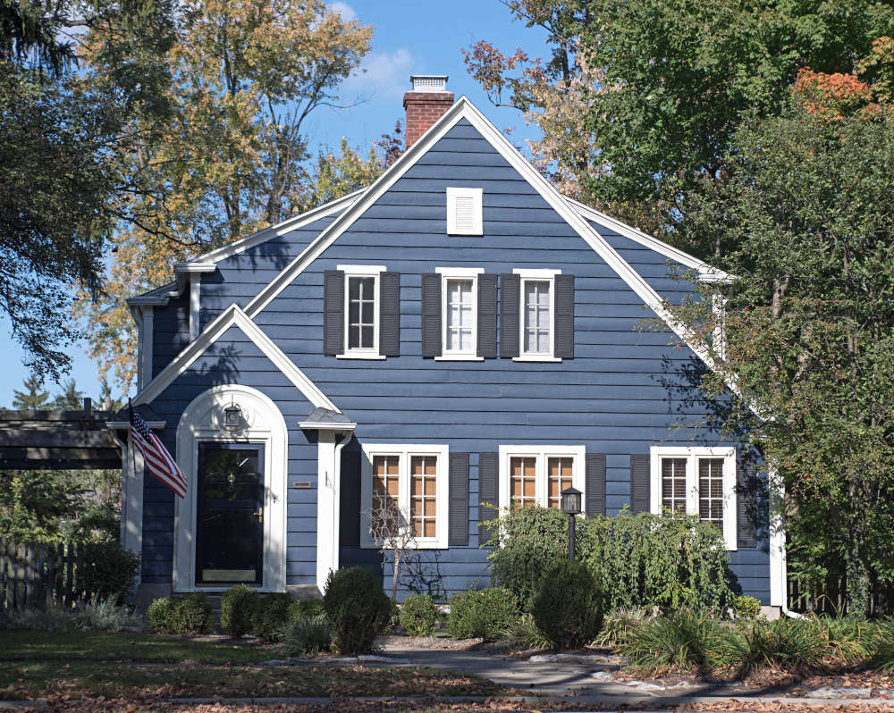 Wood-trim-spice-of-exterior-look-home